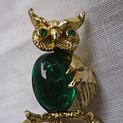 Gerry's Green Belly Rhinestones Eyes Owl Pin Brooch