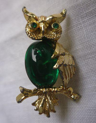 Gerry's Green Belly Rhinestones Eyes Owl Pin Brooch