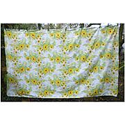 Large Vera Neumann White Daisies Yellow Black-eyed Susans Print Tablecloth