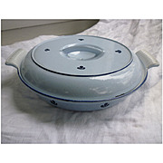 Dru Holland Blue Tulip 25 Divided Cast Iron Casserole with Lid