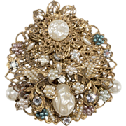 Large Filgree Brooch Pin w/ Faux-Pearls & Rhinestones