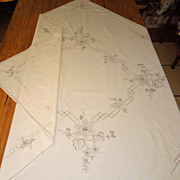 1940's-50's Embroidered Tablecloth
