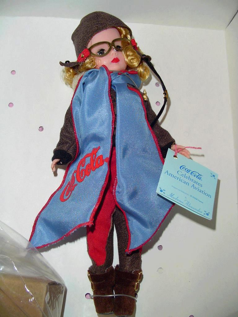 Madame Alexander Coca-Cola American Aviation 17380 *Retired