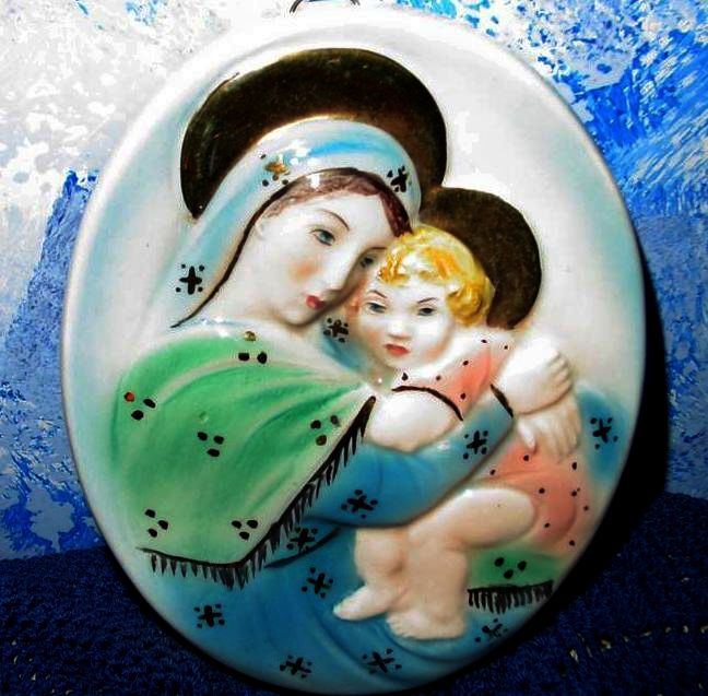 Holy Virgin Mary with Baby Jesus