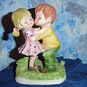 Lefton Bisque 'Kissing Cousins'