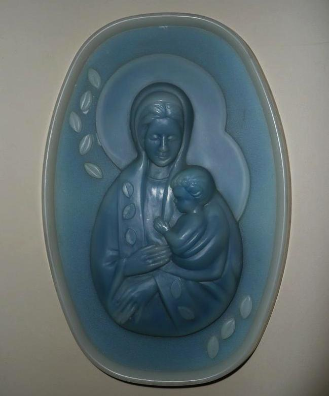 Beautiful Holy Virgin Mary with Baby Jesus Plaque