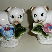 Arnart Creation Pigs among the Flowers Shaker Set