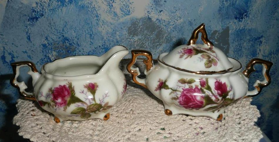 Moss Rose Pattern Set of Creamer and Sugar with Lid