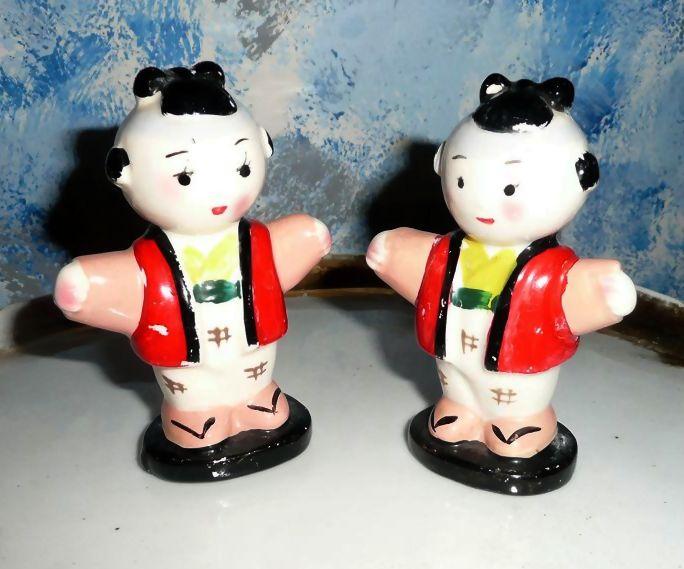 Japanese Children 'The Children of The Emperor' Salt and Pepper Shakers