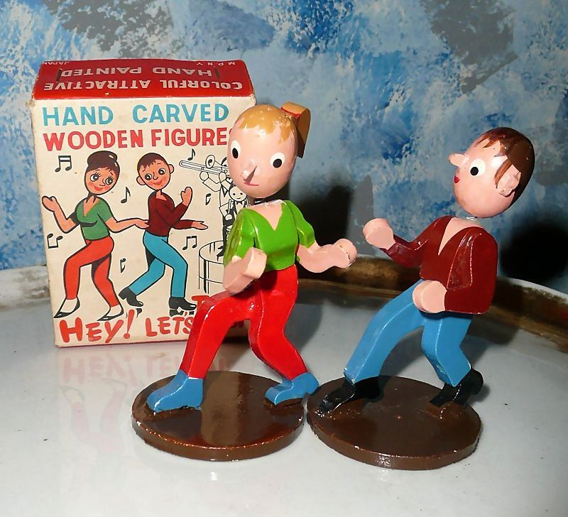 Vintage Hand Carved Wooden  Twist Dancing  Figures