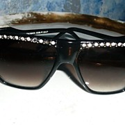 Vintage 1960's Lady's  Sun Glasses Awesome!