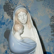 Sanmyro Beautiful Madonna with Child