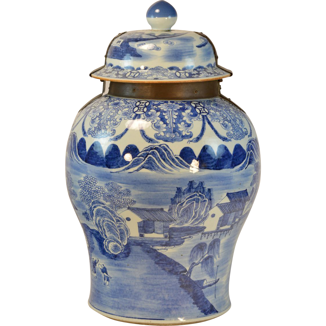 Giant 18th century chinese blue white porcelain palace for 18th floor blue october