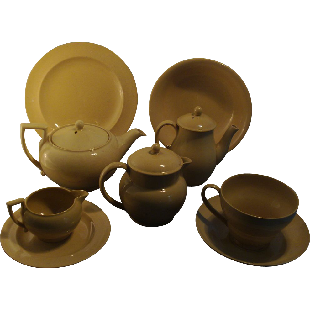 Early 19th c. Neoclassical Wedgwood Creamware Personal Tea Service called Drabware