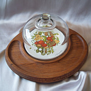 Goodwood Cheese And Cracker Tray with Glass Dome