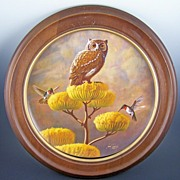 "Dramatic Limited Edition Larry Toschik Mounted 10"" Plate, Screech Owl on ""His Golden Throne"", Prowlers of the Clouds Series, 1980"