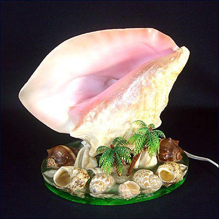 Seashells With Palm Trees Vintage TV Lamp