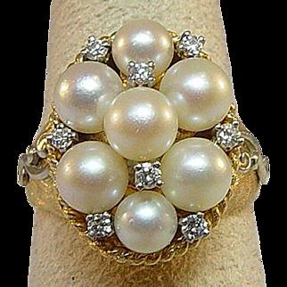 Beautiful 14 Karat Yellow Gold Pearl and Diamond Ring