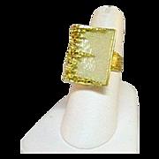 Beautiful 18 Karat Yellow Gold City Scape Ring
