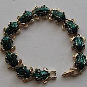 Vintage Frog Figural Enamel Green Gold Tone Bracelet