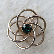 Vintage Goldtone Atomic Twisted Knot Swirl Brooch Pin Green
