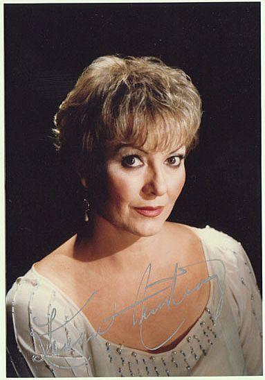 Karan Armstrong Autograph. Signed Fayer Photo. CoA