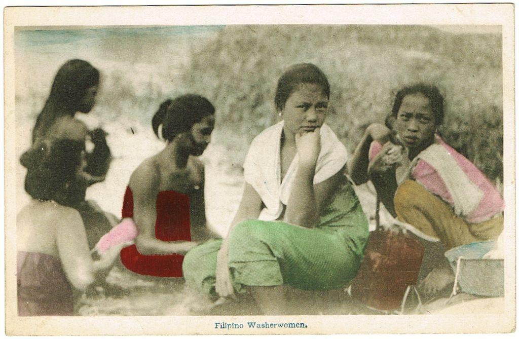 Filipino Washerwomen. Tinted Postcard from app. 1910