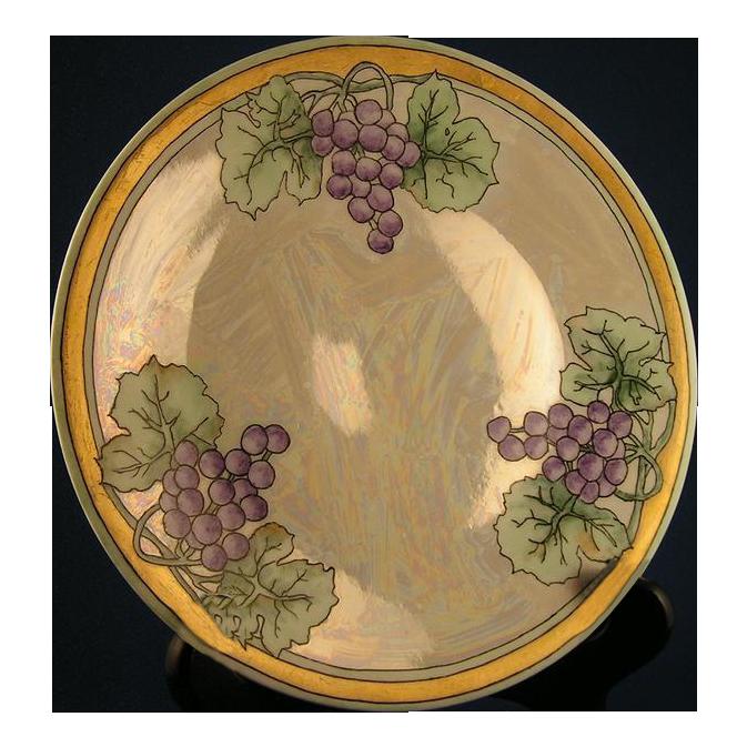 """Hutschenreuther Art Nouveau Lustre Grape Plate (Signed """"Gammon""""/c.1920-1940)"""