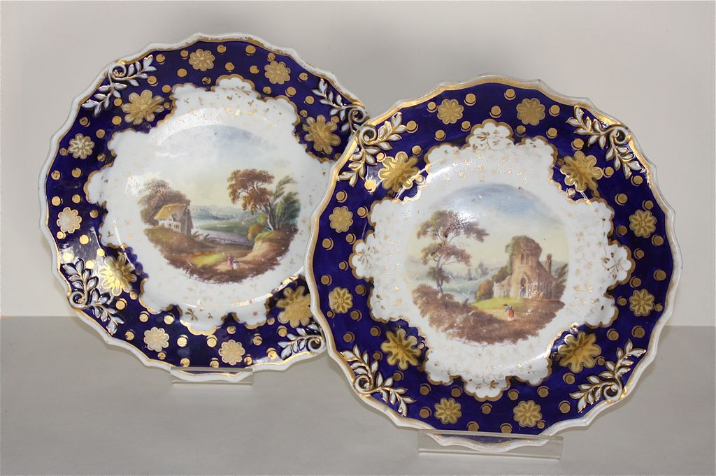 Pair of Mid-19th Century Unmarked Ridgeway Cabinet Plates