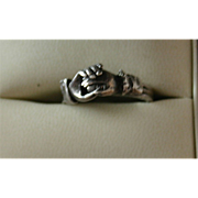 Rare Victorian Mechanical Claddaugh Ring in Sterling Silver