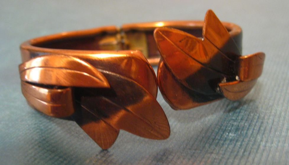Lovely 1960's Copper Clamper Bracelet with Leaves