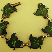 Adorable Vintage 1950's Enamel (on Copper) Leaves Link Bracelet