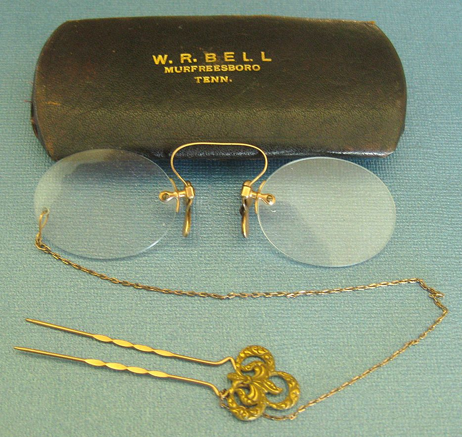 "Wonderful Antique 12K GF ""Pince Nez"" Spectacles with Ornate Hair Pin and Chain with Original Case"