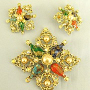 Sparkling Vintage Art Glass, Faux Pearls and Rhinestone Brooch and Clip Earrings Demi Parure