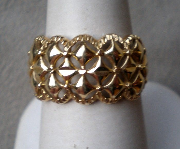 """Awesome 14k Yellow Gold """"Star"""" Ring"""