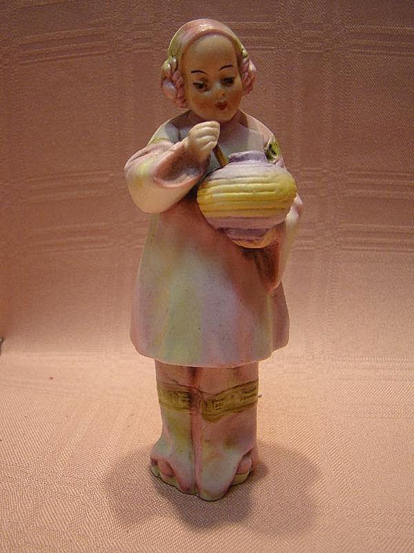 Beautiful Antique Porcelain Asian Lady Figure