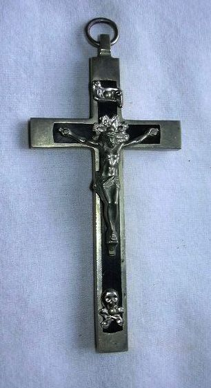 Old Crucifix French