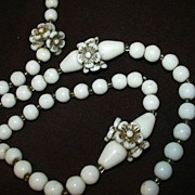 Old White Milk Glass Beads Necklace With Flower Spacers