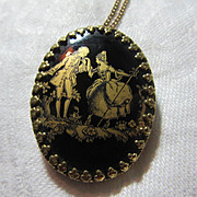 Black & Gold Glass Courting Couple Brooch  Pendant