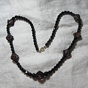 Black Facet Glass Beads & Unusual Hot Pink Crystals Accents Fine Vintage Costume Necklace Jewelry
