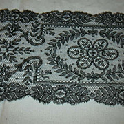 Black Antique  Fancy Lace Collar