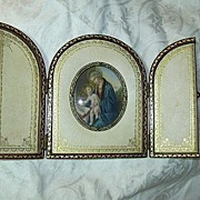 Signed Hand Painted Miniature  Madonna & Child In Original Leather Case