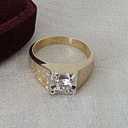 Classic 14K Gold Ring With Imitation Diamond