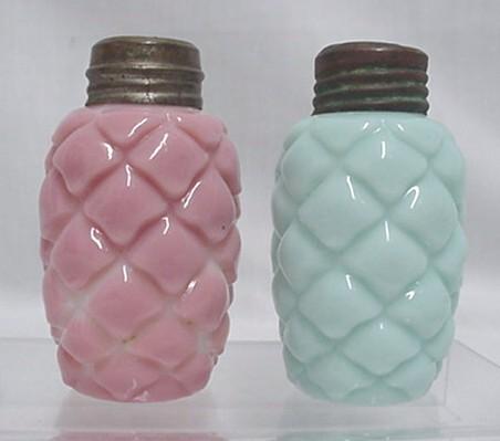 Salt and Pepper Shaker Set American Glass  1894 Cone Pattern