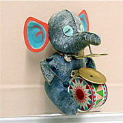 SALE Wind Up Elephant Tin Toy  with  Key and WORKS