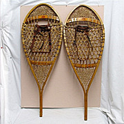 SALE Snowshoes a PAIR