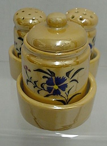 Condiment Set Carmel Luster with Tray