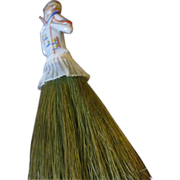 Half Doll Brush