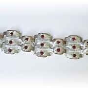 Outstanding Vintage Rhinestone Bracelet