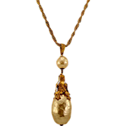 Over The Top Dramatic Miriam Haskell Huge Glass Pearl Pendant Necklace